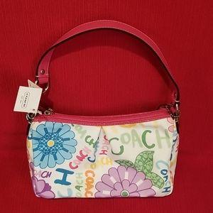 NWT Daisy Floral Pleated Top Handle Bag
